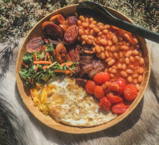 COWBOYFROKOST: Frokost klokka to på ettermiddagen er helt greit når du har spist påskeegg hele morgenen.