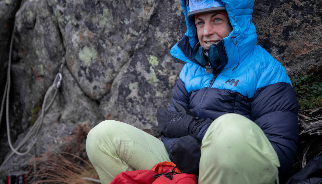 MANGE JERN I ILDEN: Denne vinteren er hun aktuell både som ekspertkommentator for NRK-sporten og som deltaker i 71 grader nord – Norges tøffeste kjendis på TVNorge. I tillegg er hun i innspurten på medisinstudiet